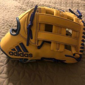 "Adidas EQT 12.75"" H Pro Series RHT Baseball Glove"